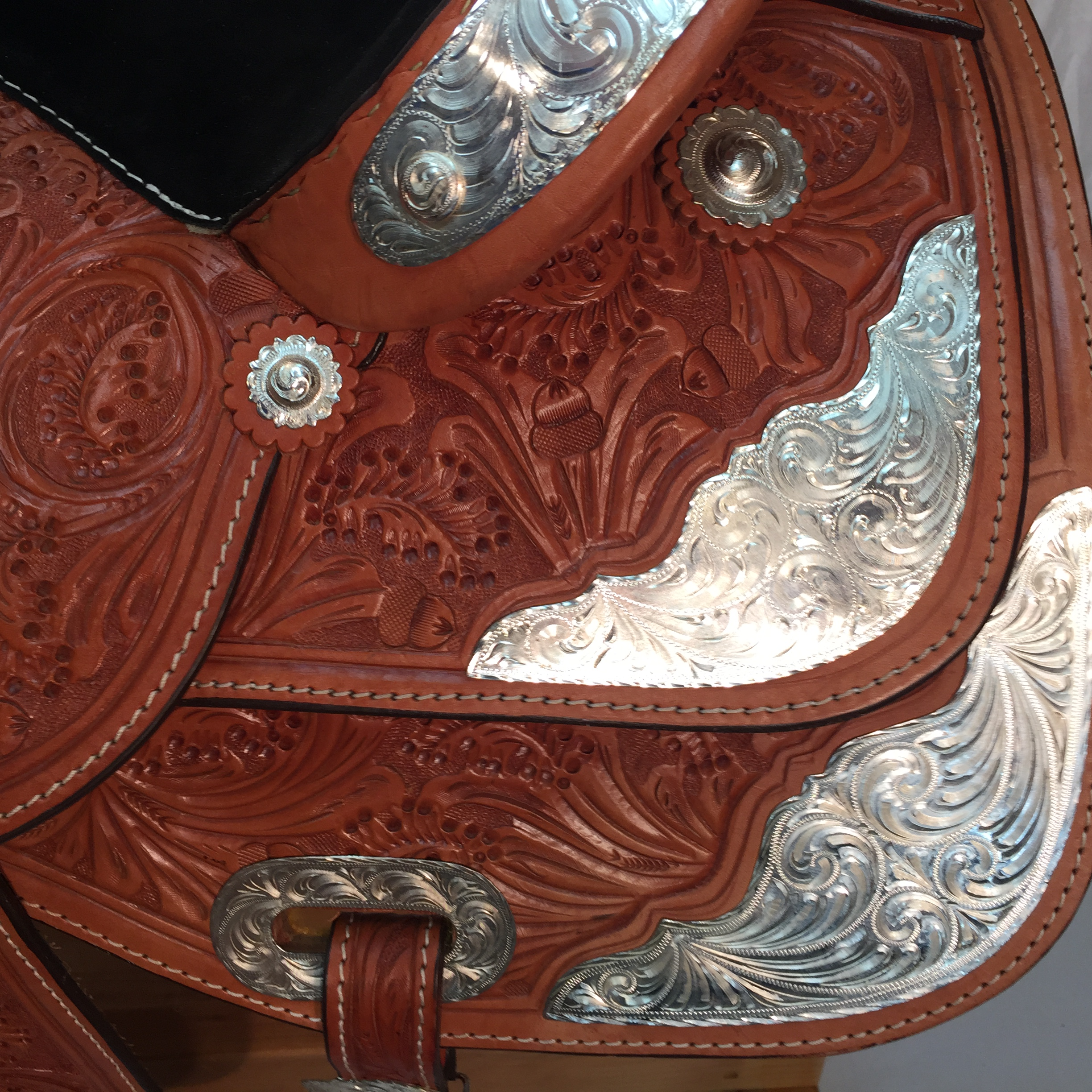 Vickers Classic Show Saddle 53